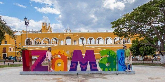 izamal pueblo magico yucatan mexico (2)