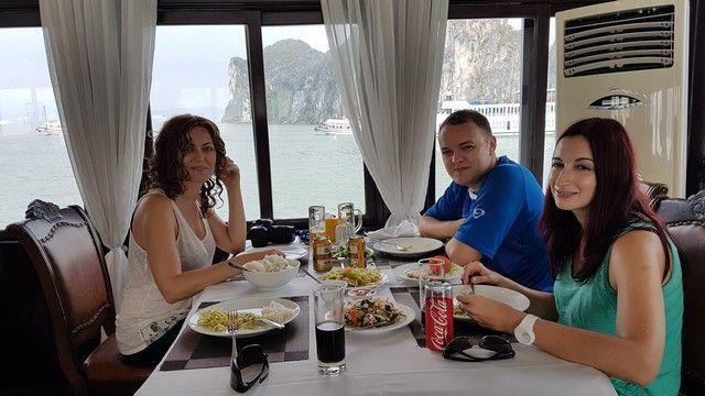 bahia de halong en 3 dias comida (5)
