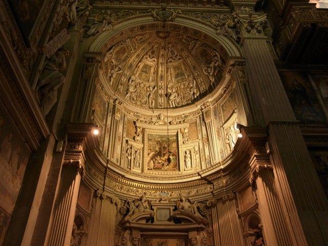 interior-del-duomo-bergamo-italia