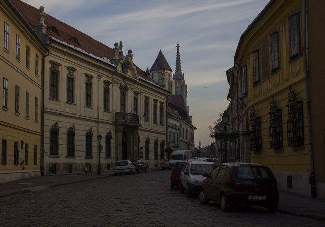 calles de buda budapest 4