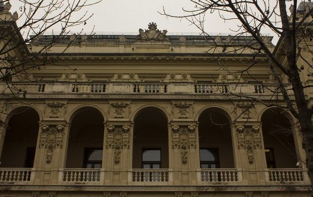 edificios oktogon plaza budapest