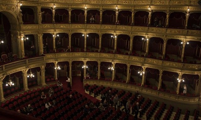 interior opera budapest 2
