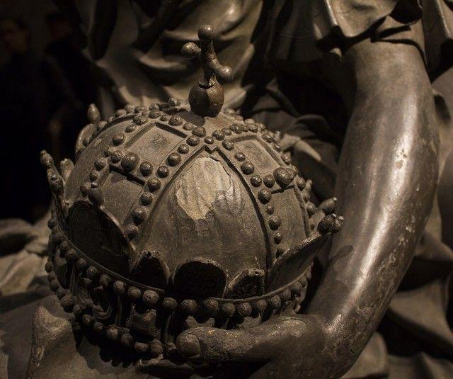 la Cripta de los Capuchinos interior detalles