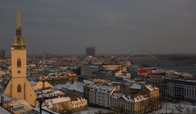 vistas de bratislava desde el castillo