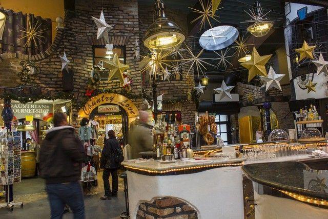 centro comercial Hundertwasserhaus viena navidad