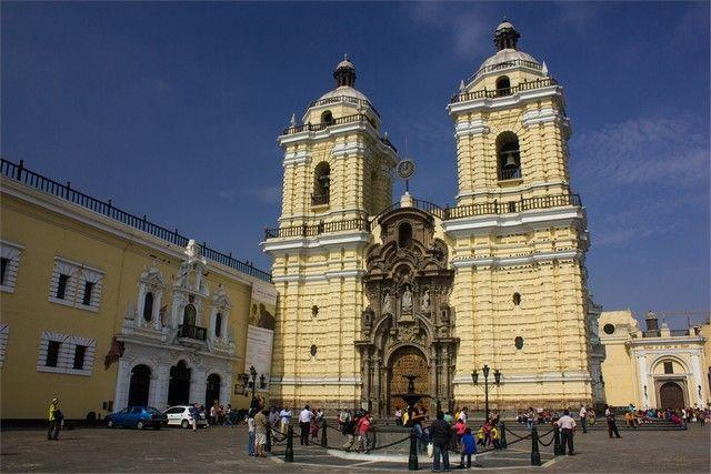 convento y las catacumbas de Santo Domingo lima peru