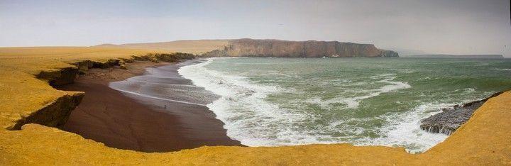 playa roja paracas peru