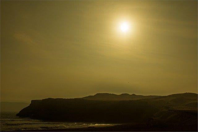 puesta de sol paracas peru