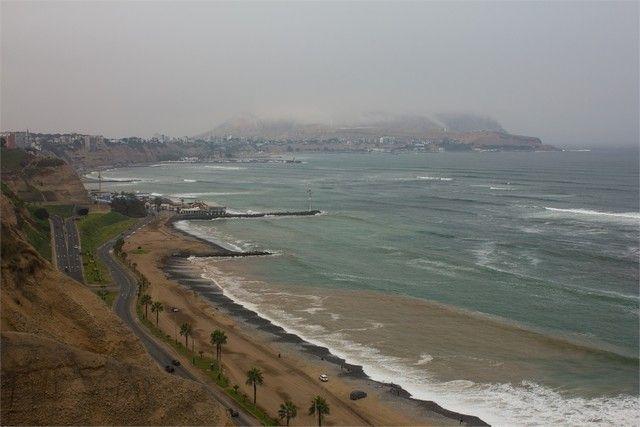 vistas hacia el mar lima peru