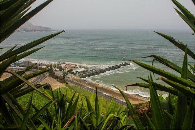 vistas puerto lima peru