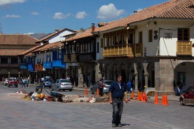 plaza de armas de cuzco peru 3