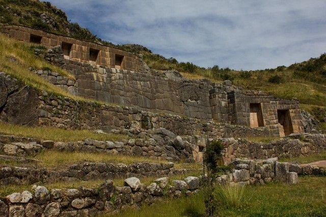 tambomachay cuzco peru
