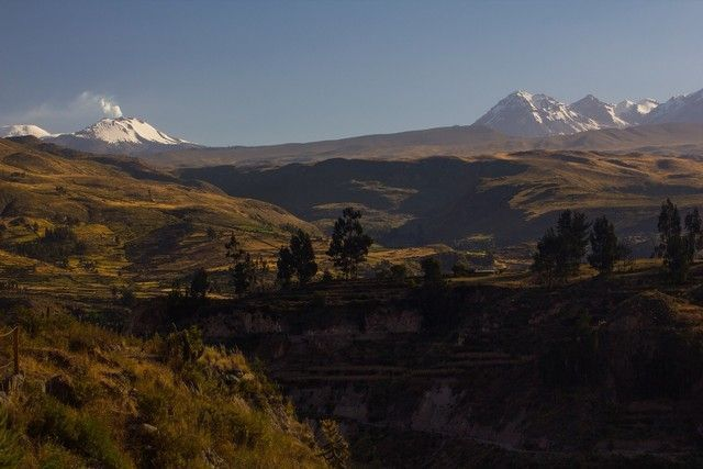 valle del colca peru sabancaya
