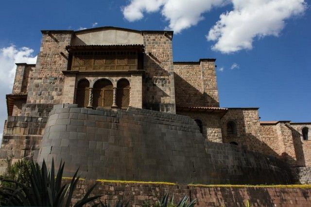 vista exterior trasera de qoricancha cuzco peru