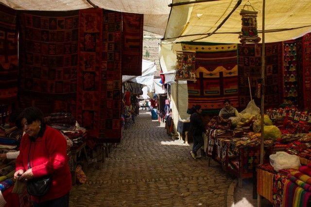 mercado de pisac peru