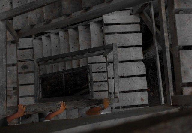 subiendo hacia la tirolina reserba tambopata peru