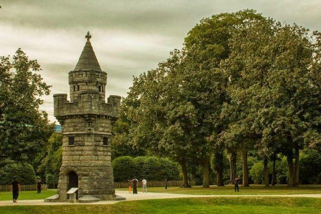 detalles del parque del Cinquentenario bruselas belgica