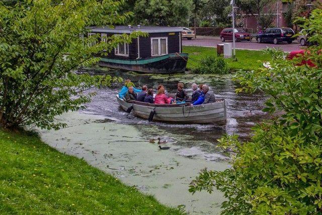 barcas en leiden holanda