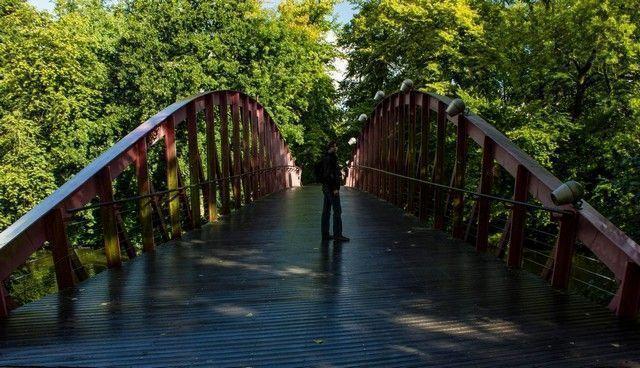entrada al parque Minnewater brujas belgica