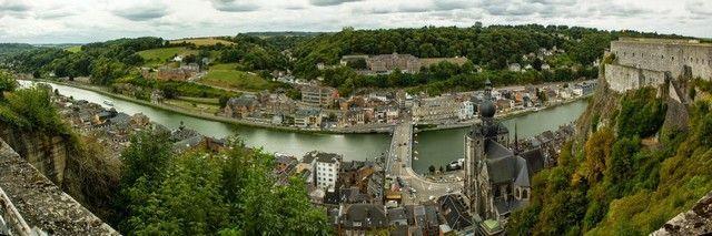 panoramica de dinant desde la ciudadela belgica