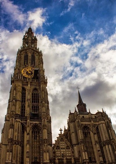 torre catedral amberes belgica