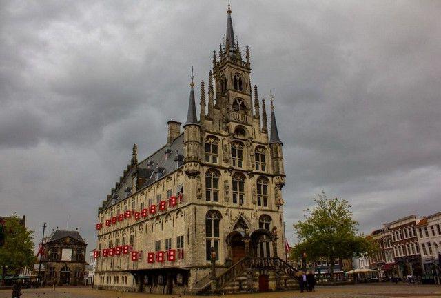 frontal ayuntamiento de Gouda