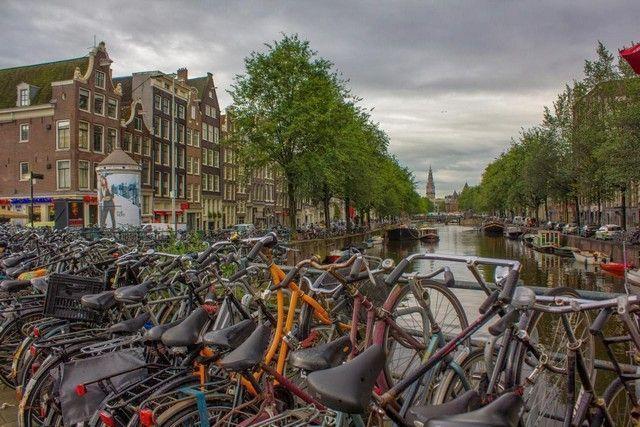 Bicicletas barrio rojo amsterdam