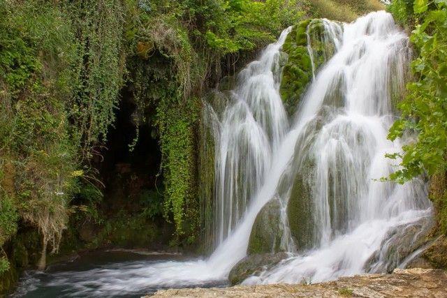 cascadas en tobera burgos