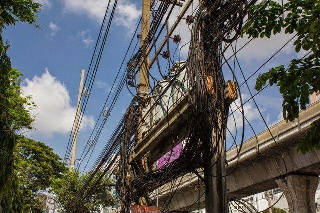 entramado de cables bangkok