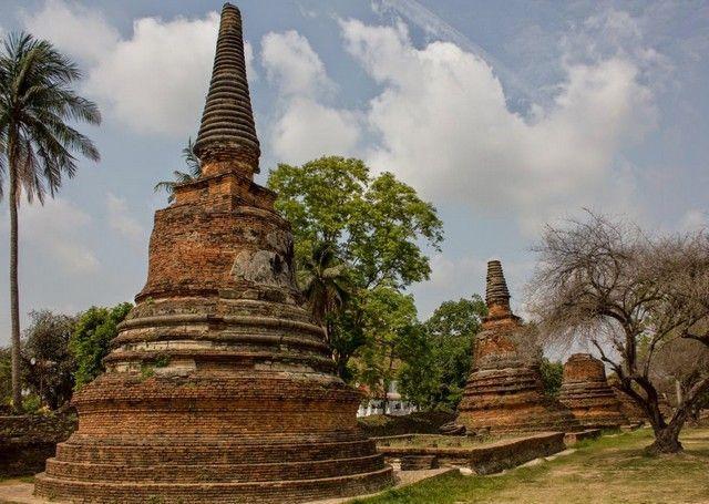 estupas Wat Phra Si Sanphet ayutthaya