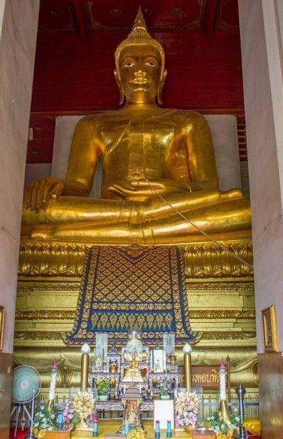 interior Phra Mongkhon Bophit ayutthaya