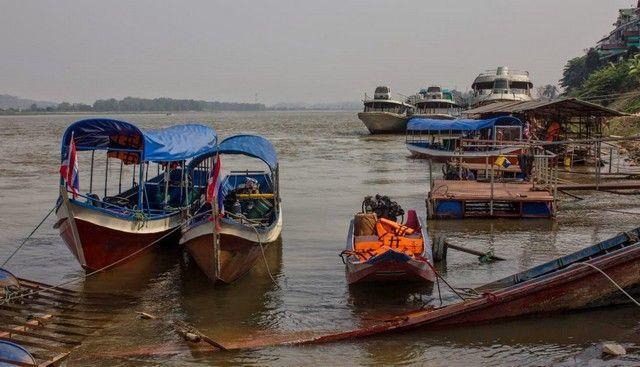 barcas rio mekong laos