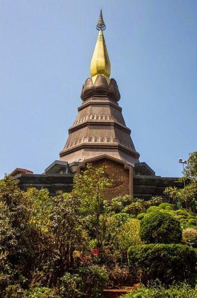 pagoda doi inthanon
