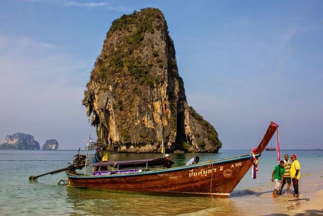 phra nang beach railay barca