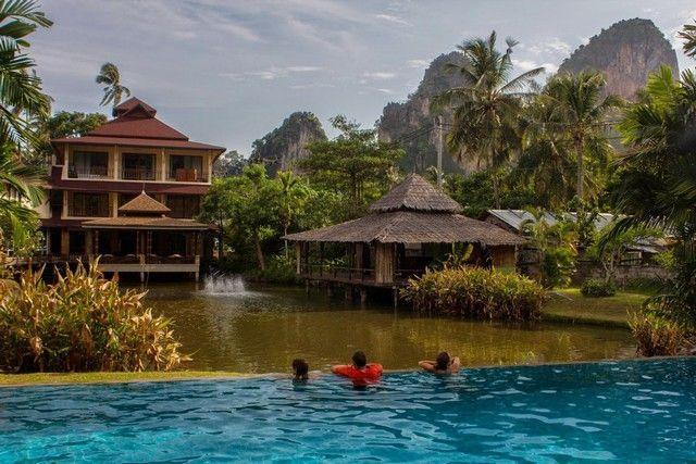 piscina hotel princess railay