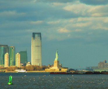 estatua de la libertad nueva york portada