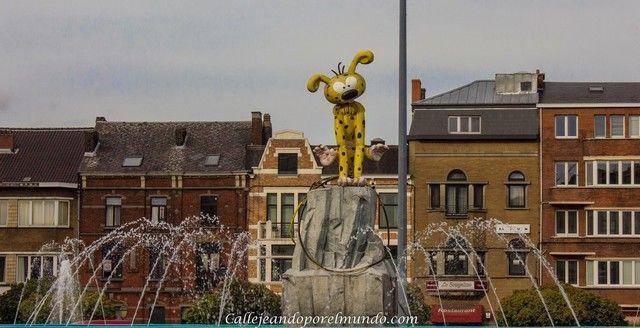 Charleroi fuente comic