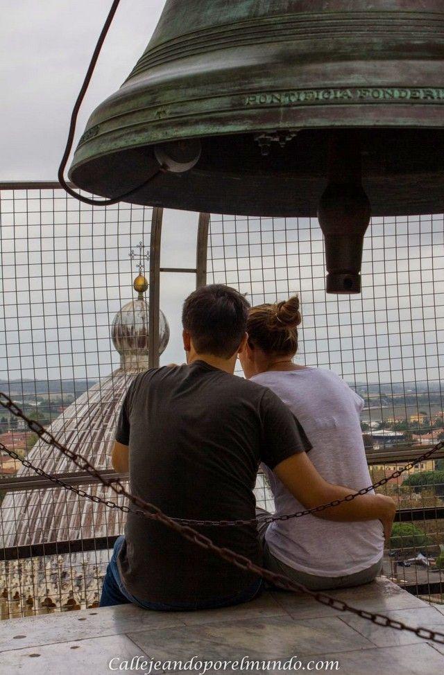 desde la torre de pisa  - pareja