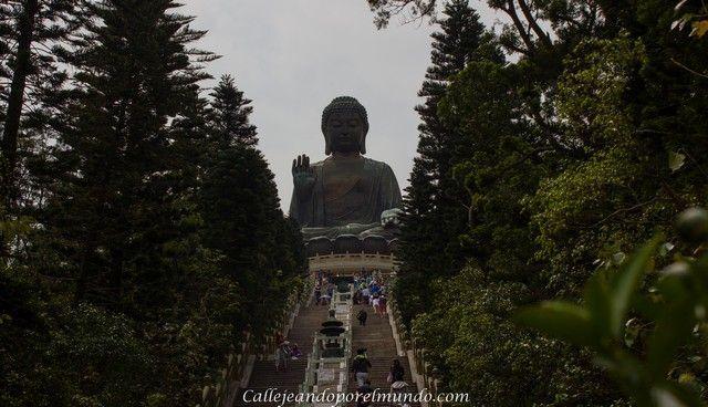 escaleras de acceso al Gran Buda de Lantau