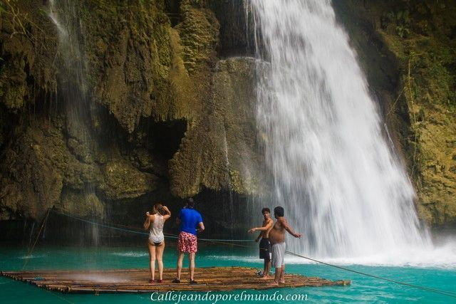 balsa de bambu Kawasan falls moalboal