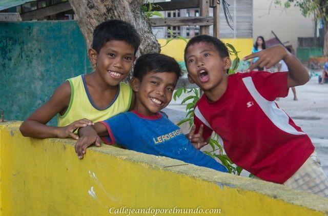 niños bantayan island filipinas