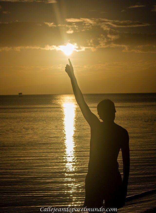 puesta de sol playa de san juan siquijor