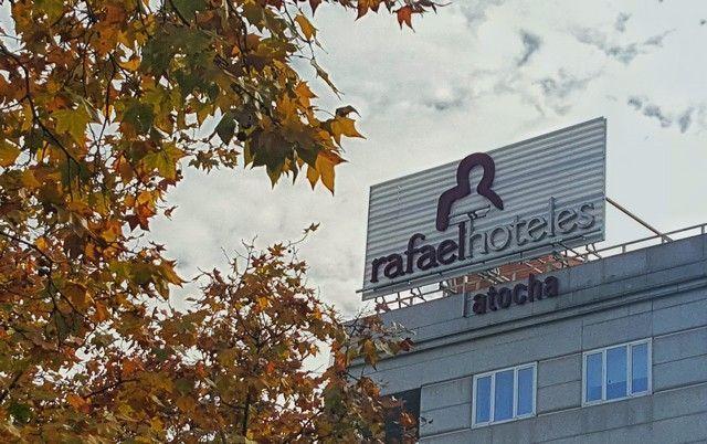 entrada rafael hoteles atocha