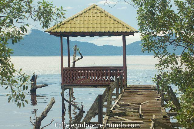 playa parque nacional bako boreno malasia