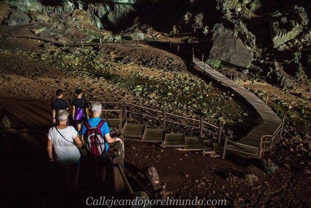 deer cave borneo malasia