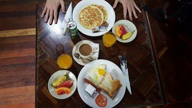 desayuno gunung mulu borneo malasia