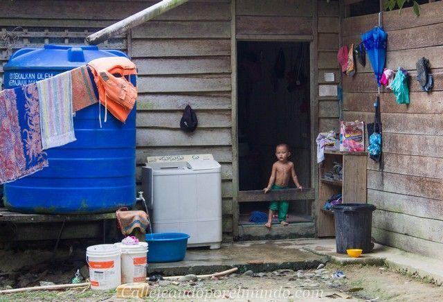 tribu penan gunung mulu borneo malasia