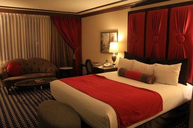 hoteles costa oeste de eeuu paris las vegas
