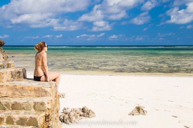 escaleras the sands at chale island diani beach kenia