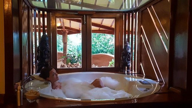 jacuzzi suite the sands at nomad diani beach kenia